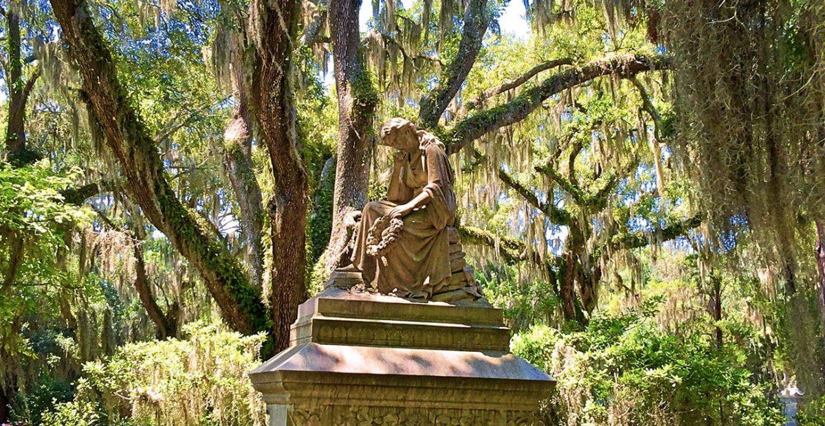 Bonaventure Cemetery: our first stop in Savannah