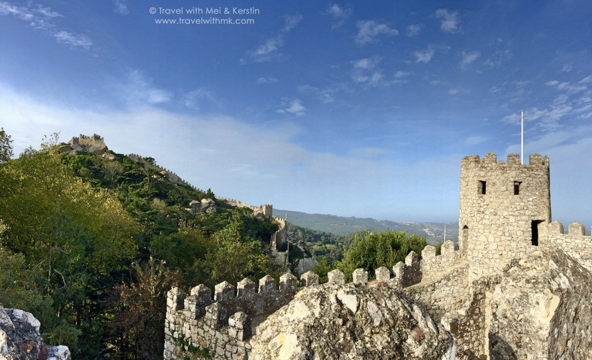 The Castelo dos Mouros in Sintra - Or how I overcame acrophobia in Portugal