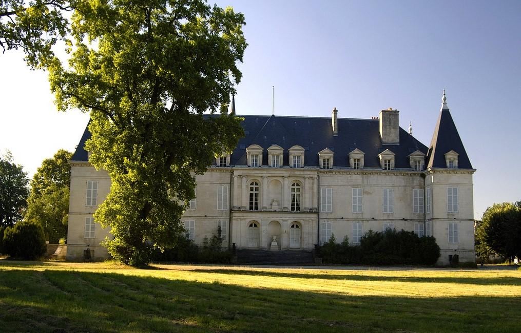 A Royal Stay at the Château d'Arc-en-Barrois in Haute-Marne