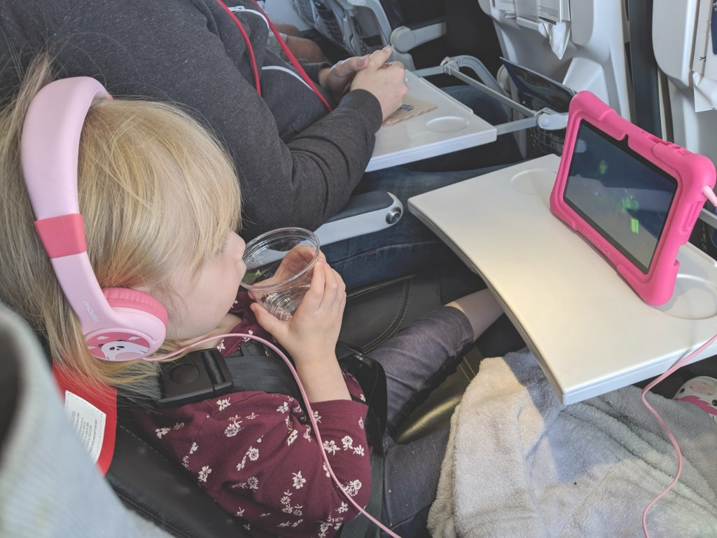 travel anxiety while traveling with a child