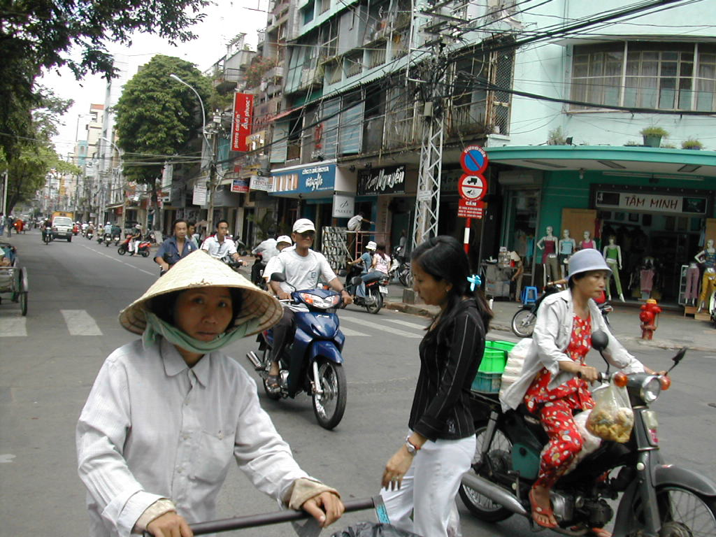 ברחובות סייגון - הו צ'י מין סיטי