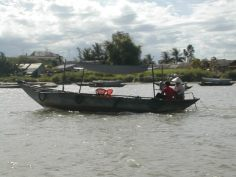 מראות מהנהר ליד הוי אן, וייטנאם