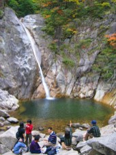 סתיו בשמורת סאורק דונג, דרום קוריאה