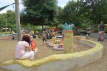גן המשחקים בגן החיות בוינה