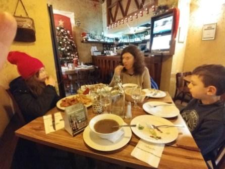 במסעדת תישרין בנצרת