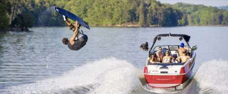 Learn to Wakeboard with South Side Wakeboarding School, Murray Bridge, South Australia #wakeboarding #learntowakeboard #rivermurray #southaustralia