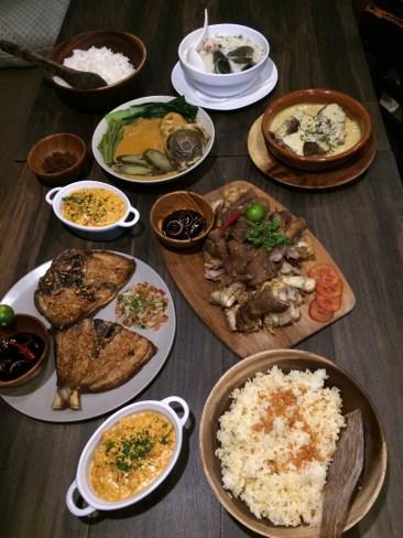 Isla Una Yummy Food!
