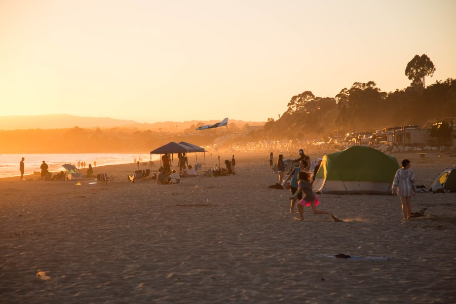 Beach-02.jpg