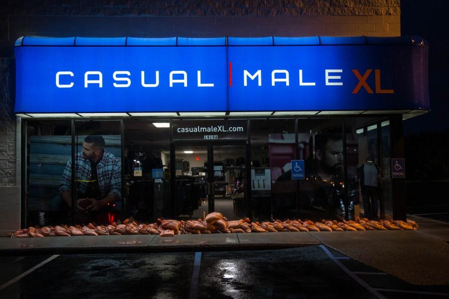 Stores-02.jpg