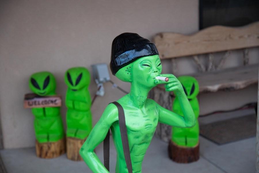 Alien-02.jpg