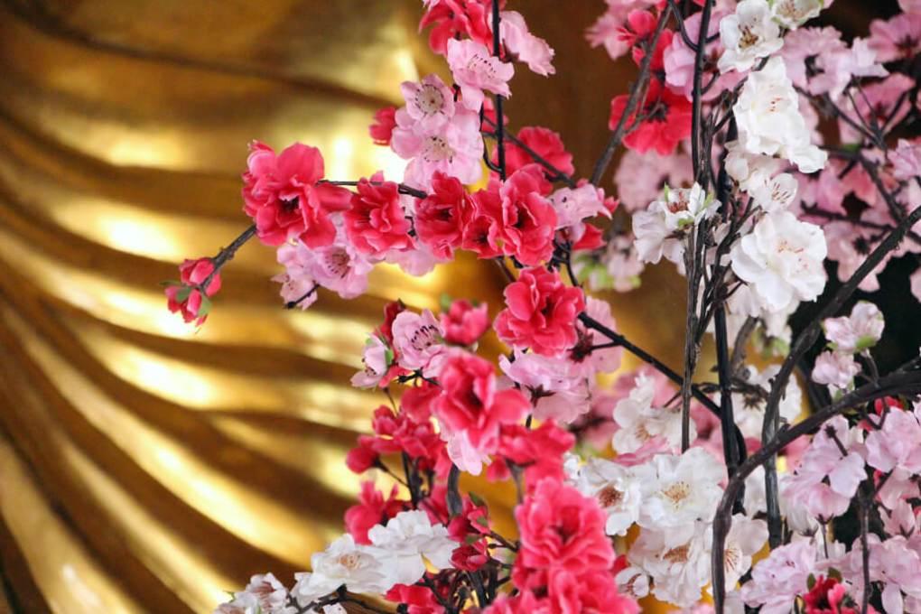 Vietnam Gold & Flowers