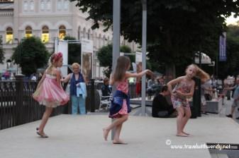 TWW - precious dancers KV