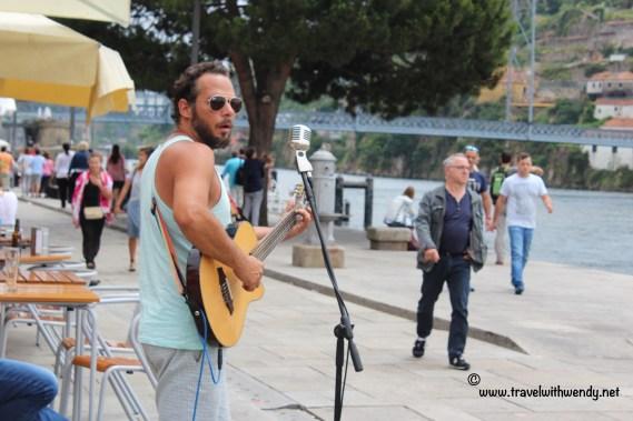 TWW - Street musicians Porto