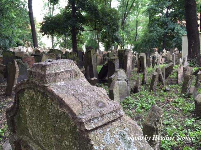 ©TravelwithWendy %22Jewish cemetery 1%22 www.travelwithwendy.net
