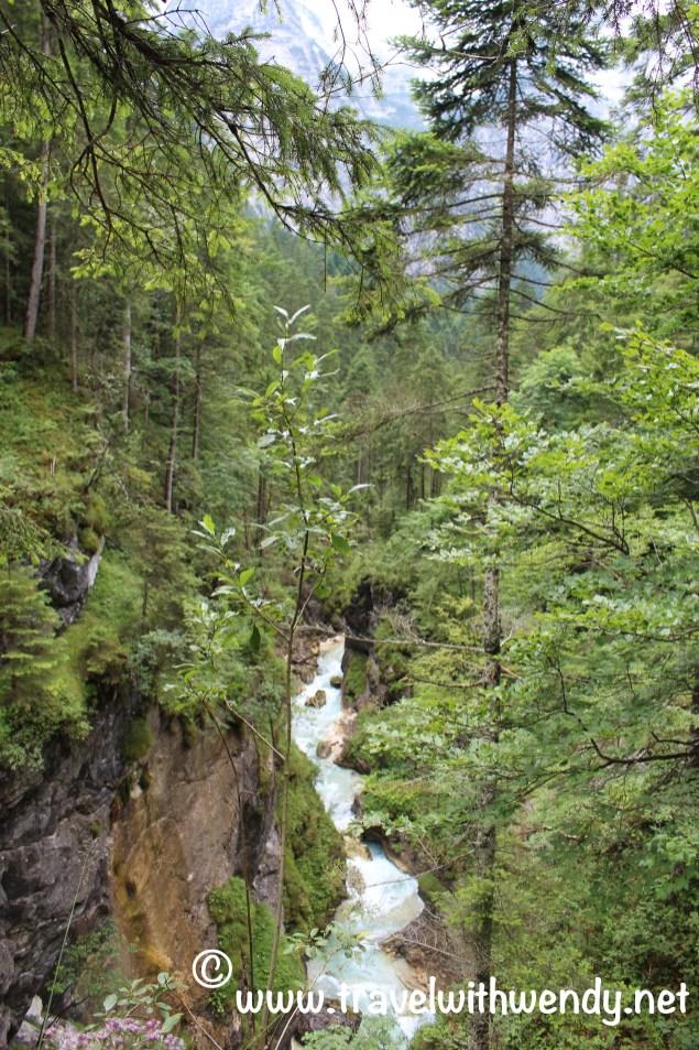 TWW - gorge trail