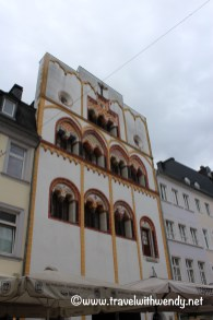 tww-house-of-many-colors-in-trier