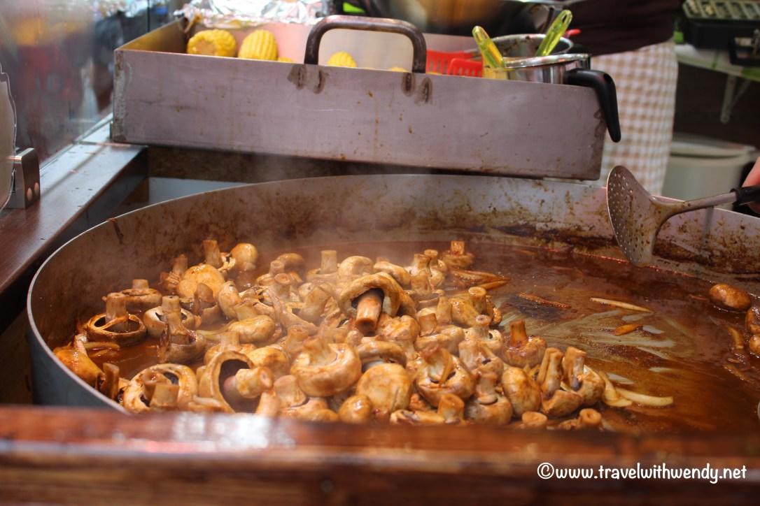 tww-mushrooms-at-the-fest