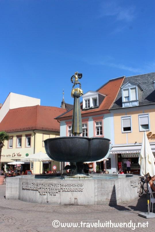 tww-speyer-fountain