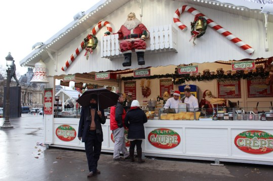 christmas-in-paris-christmas-in-europe