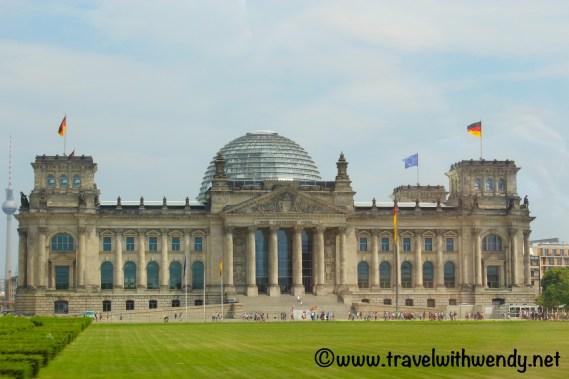 tww-berlin-family-favorites-parliament