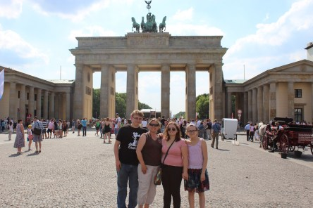 tww-family-favorites-brandenburg-gate