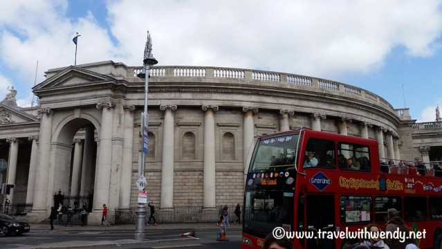 big-red-bus-dublin