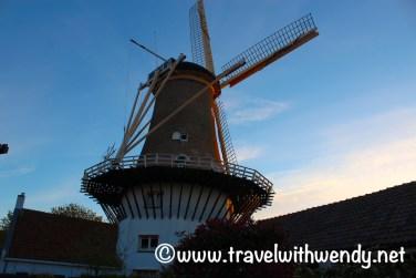 holland-windmill