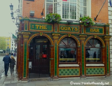 the-quays-bar-dublin