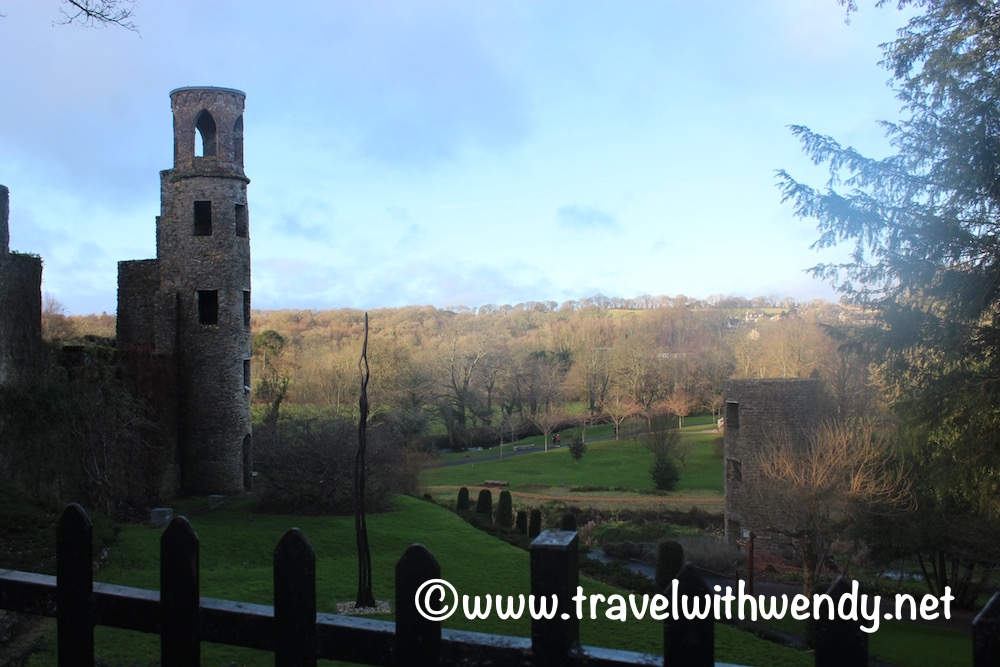 watch-towers-and-castle