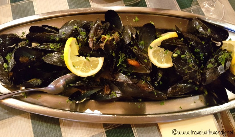 Mussels from the local bay - Zablaće