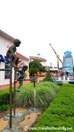 Fun water sculptures - B@tB