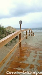 Pawley's entrances to the beach