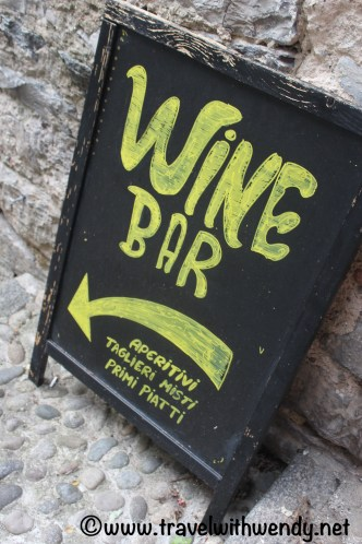 Wine Bar - in any language is YAY!