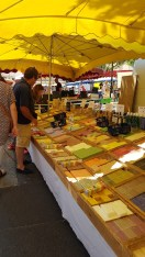 Apt - market with soaps
