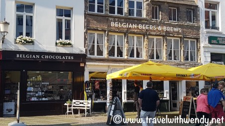 Shopping in Antwerp - Chocolates and BEER!