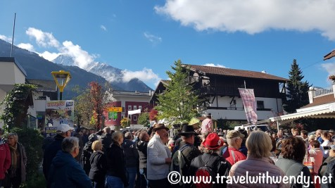 Lots of people - Mayrhofen