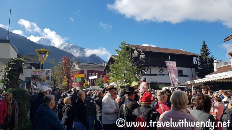 Lots of people - Mayrhofen