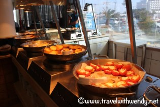 Hot breakfast buffet - Caesar Premier