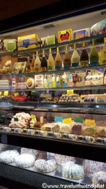Stores around Venice