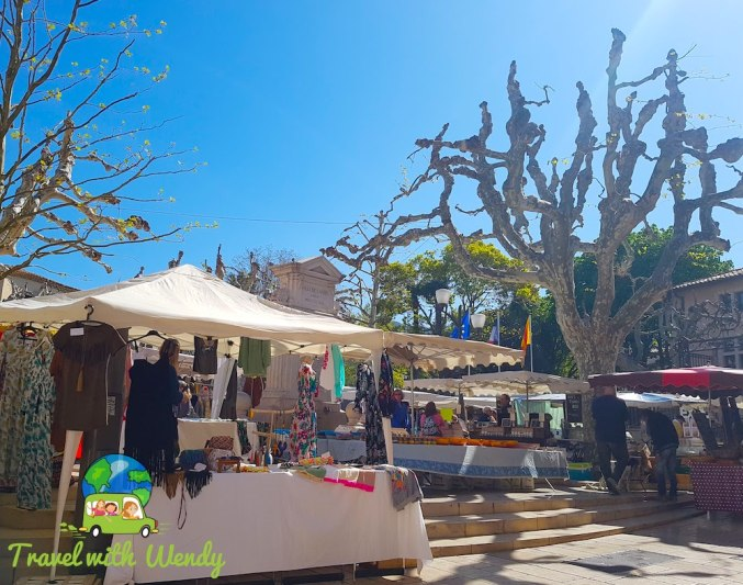 Flea Market - Cassis