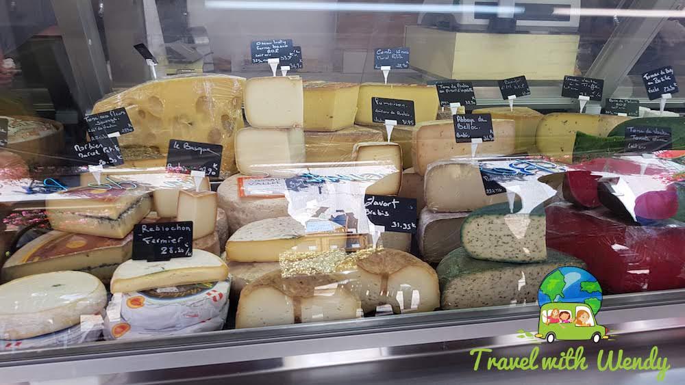Lotsa cheese at the weekly market