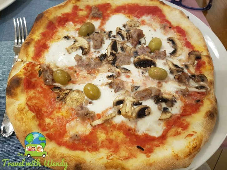 Italian Sausage with Olives