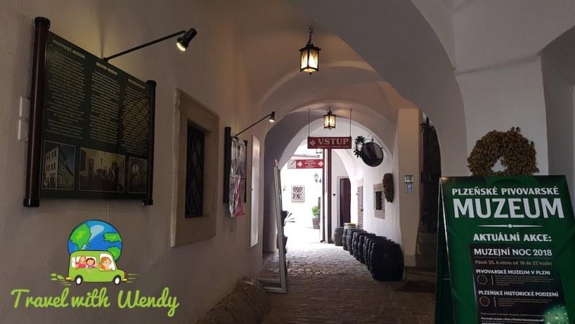 Pilsner Beer Museum - creepy cave
