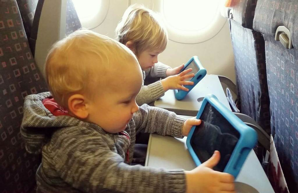 long-haul flying with kids