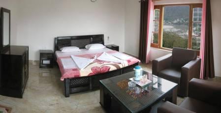 Bhandari_Swiss_Cottages_room