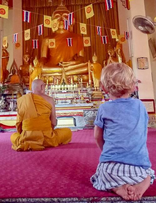 Thailand with kids - temple
