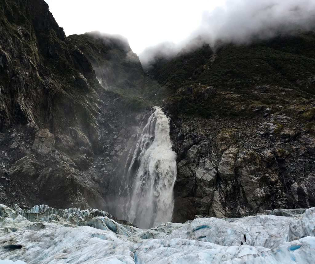 Glaciers in New Zealand - Expedition Limitless