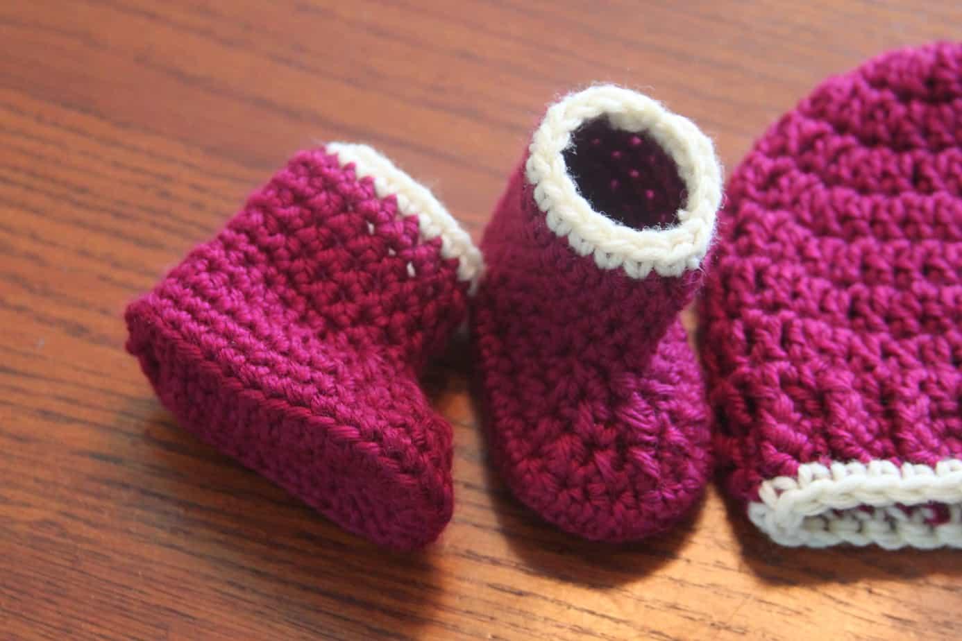 44c51cd14 crochet baby booties free pattern
