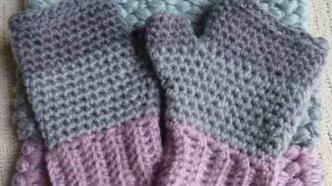 crochet fingerless gloves, free crochet pattern, crochet accessories |