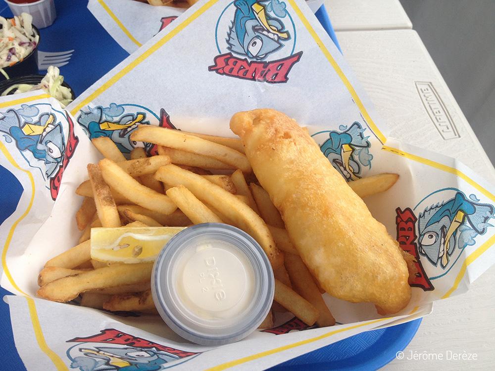 Manger un fish and chips au village des pêcheurs à Victoria